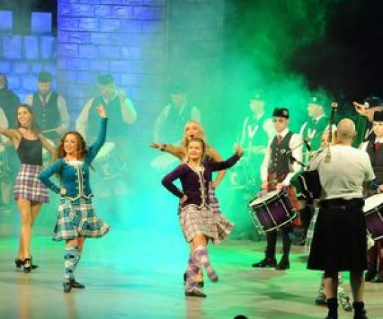Scottish_Music_Parade_Copyright_Jessika_Lehbrink_klein-0cb27f1e.jpg