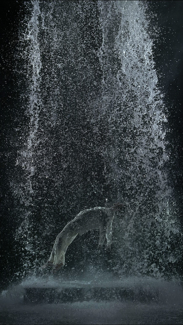 Bill Viola, Tristan's Ascension, Foto: (c) Kira Perov
